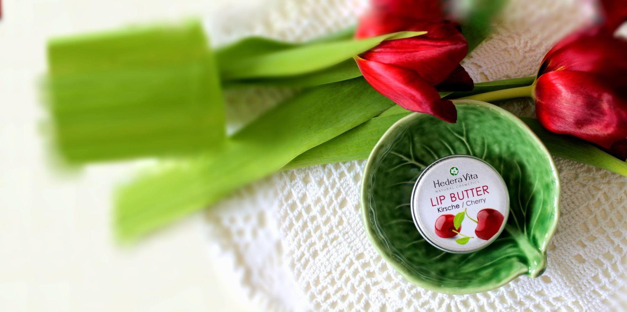 LipButter Krische in Schale mit Tulpen