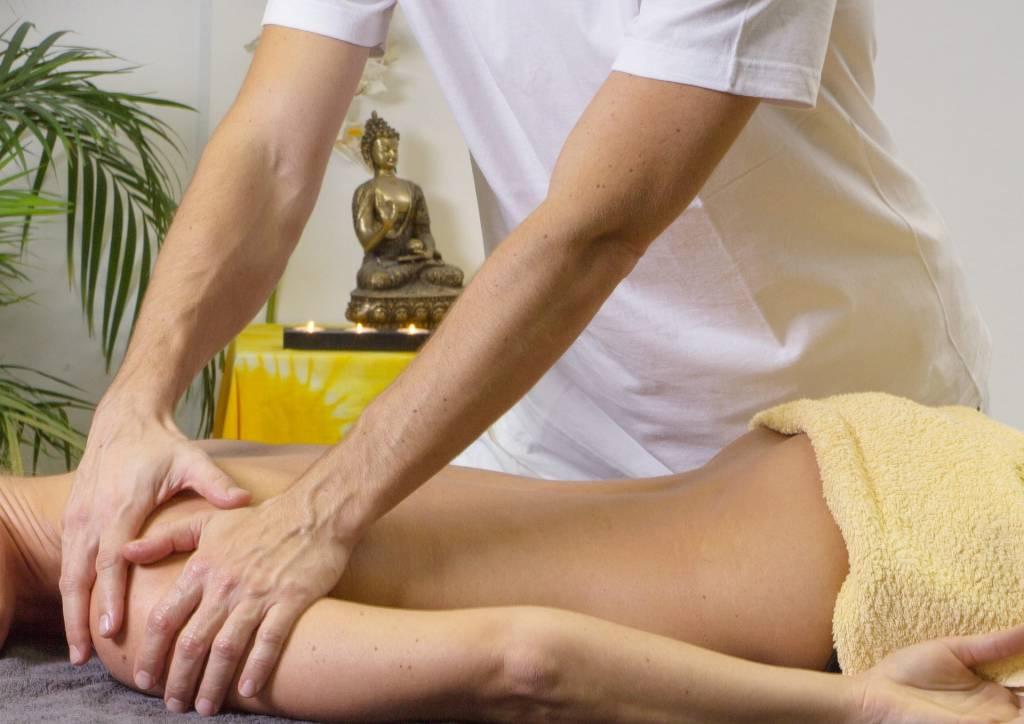 Straffe Haut Dank Massage und Durchblutung